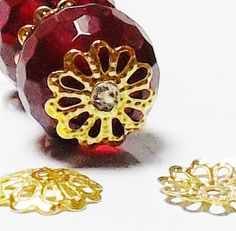200pcs 10mm Gold Filigree Bead Caps FLOWER by FireSwanBeads
