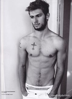 Alex Pettyfer. Hello....