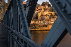 Porto Through The Lens - Words and Photography by Pete Heck 23.11.2015 | Porto, Portugal invigorated my creative side. My photography sessions gave me many reasons to love this city. Photo: Through the Iron