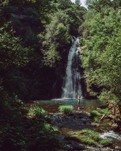 Fervenza De Vieiros, Galicia, Spain - Wishing on a Waterfall Best Holiday Destinations, Amazing Destinations, Spain Road Trip, Beautiful Waterfalls, Spain And Portugal, Central America, Travel Inspiration, Places To Go, Travel Photography