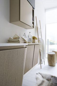 Bagni Cerasa - bagno Suede in legno e piano marmo