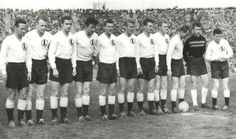 POL / Unmistakably Legia Warsaw, with club legend and captain Lucjan Brychczy on the right-hand end, 1960 #poland