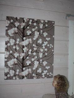 Marimekko Lumimarja wall art in a Finnish home. #finland #marimekko #home