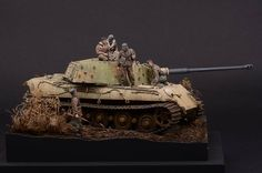 Tiger II by Luc Klinkers