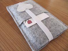 Handytaschen - Handytasche - ein Designerstück von margarisa bei DaWanda