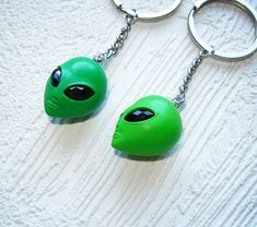best friend gift keychain, BFF key chain set of 2, polymer clay alien key ring, alien jewelry, long