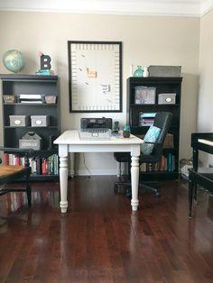 Home Office Decor On A Budget via KimmAtReinvented http://www.reinventedkb.com/2016/08/home-office-decor-budget/