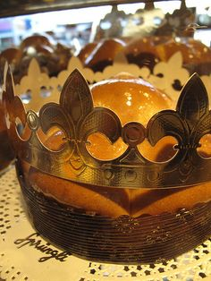 On the 12th day of Christmas its time to de-dec the halls, eat King Cake and go a wassailing…  Epiphany is the 12th and last day of Christ...