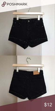 ZARA High Waisted Shorts Almost new! Stretchy material gives these shorts a comfortable feel while maintaining a denim aesthetic. Zara Shorts Jean Shorts