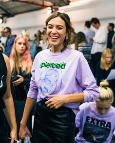 "chunggalexa: "" Alexa Chung attends the ashley williams london fashion show during lfw on September 16, 2016 RG @ellenoffredy """