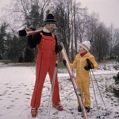 Suomalaista talvimuotia laskettelurinteeseen ja ladulle vuonna 1973.