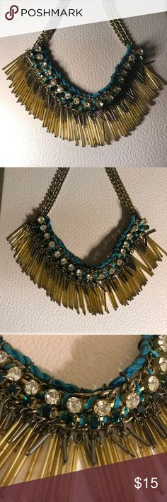 Statement Necklace Beautiful statement necklace! In excellent condition. Jewelry Necklaces