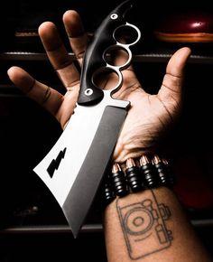 Follow us @kniferebel for more knives karambits and more! Courtesy of @knifetography ______________________ #knife #knifeporn #knifecommunity #knifestagram #knifepics #knifelife #knifegasm #knifecollector #knifecollection #knifefanatic #knifeaddict #knifeaddiction #csgoknife #tacticalknife #survivalknife #bladeporn #bladelife #knifenut #knifenuts #knifeobsession #karambit #knivesdaily #knivesofinstagram #20likes #instagood #tflers #tagsforlikes #like4like #follow4follow #followbackteam by…