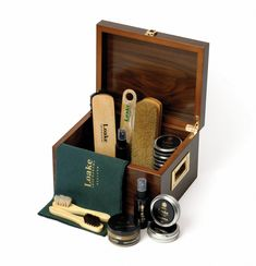 The Valet box contains cloths, a shoe horn, oiled / waxy leather protector… Shoe Shine Box, Suede Cleaner, Gifts For Hubby, Shoe Horn, Leather Cleaning, Cleaning Kit, Boots For Sale, Luxury Shoes, Watches For Men