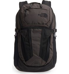 Find and compare The North Face Recon Backpack across the world's largest fashion stores! Green Backpacks, Stylish Backpacks, Cool Backpacks, Computer Backpack, Men's Backpack, North Face Backpack, Camping Items, Snow Boots, Laptop Sleeves