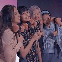Blackpink Video, Foto E Video, Yg Entertainment, Beautiful Scenery Pictures, Korean Girl Groups, South Korean Girls, Best Photo Poses, Black Pink Kpop, Blackpink Photos