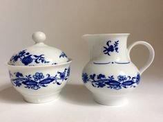 Vintage Sugar / Milk Pot - Tea Coffee Set Original Blue Saxon JL MENAU German GDR / DDR Porcelain With Onion Pattern by DankeVintage Berlin on Gourmly