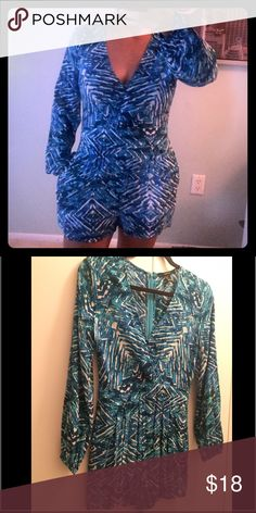 Long sleeve romper Super cute romper, worn once, perfect condition. Forever 21 Pants Jumpsuits & Rompers