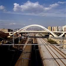 Resultat d'imatges de calatrava en barcelona imagenes