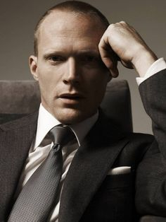 paul bettany...the older he gets, the sexier he gets!