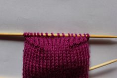 Tabell for skostørrelse og lengde på sokker – Boerboelheidi Drops Design, Wordpress, Use Of Plastic, String Bag, Knitted Bags, Buttonholes, Bag Making, Crochet Hooks, Lana
