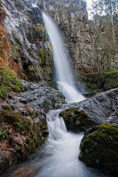 Cascada de Oneta (Concejo de Villayon, Asturias)