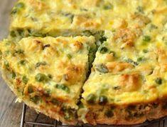 EZ NAGYON FINOM! De nem csak ízletes, hanem könnyen elkészíthető és egyáltalán nem hízlaló étel! Vegetarian Recepies, Healthy Dinner Recipes, Low Carb Recipes, Healthy Snacks, Cooking Recipes, Quiches, Healthy Cooking, Healthy Eating, Hungarian Recipes