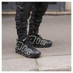#LubakiLubaki | #AlexandreGaudin  During #PFW  www.lubakilubaki.com by Alexandre Gaudin  #StreetStyle #Man #Street #Style #Detail #Shoes #Nike #UpTempo #Dark #AllBlack #Photo #NoFilter #Look #StreetFashion #MensFashion #Menswear #Mode #Outfit #Fashion #FashionWeek #FashionWeekParis #PFW16 #FW16 #WomensWear #Photographer #StreetStylePhotographer #Paris http://ift.tt/1UaUS4U
