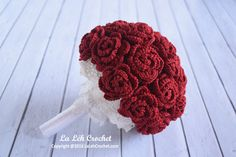 This bouquet is soooo beautiful! It's now on SALE and FREE SHIPPING WORLDWIDE. Must have this! https://www.etsy.com/uk/listing/457786468/30-off-sale-crochet-wedding-hand-bouquet