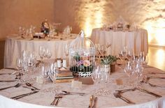 Vintage Romance Wedding. Simple but elegant centerpiece idea, love it!