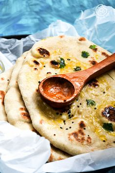"""Instant Whole Wheat Naan"""". Yes, it is yeast free + it is made with whole wheat + this is instant + t Naan Recipe Video, Easy Naan Recipe, Best Lunch Recipes, Vegan Recipes, Cooking Recipes, Pizza Recipes, Favorite Recipes, Indian Food Recipes, Whole Food Recipes"""