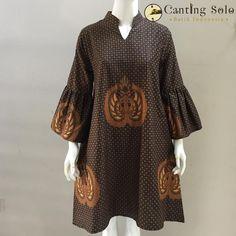 4 Factors to Consider when Shopping for African Fashion – Designer Fashion Tips African Print Dresses, African Print Fashion, African Fashion Dresses, African Wear, African Dress, Fashion Outfits, Fashion Hacks, Women's Fashion, Batik Kebaya