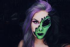 alien makeup - Makeup Looks Yellow Alien Halloween Makeup, Halloween Makeup Looks, Maquillage Halloween, Halloween Make Up, Halloween Snacks, Halloween 2019, Halloween Costumes, Alien Tattoo, Rave Makeup