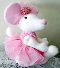 boneca-de-pano-ratinha-bailarina