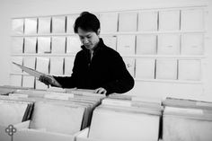 Artist Rutherford Chang has opened a very curious record shop in NYC's Recess gallery. It's filled with more than 650 first pressings of the Beatles' White Album.