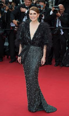 Dressed to Impress at the Cannes Film Festival - Julianne Moore-Wmag