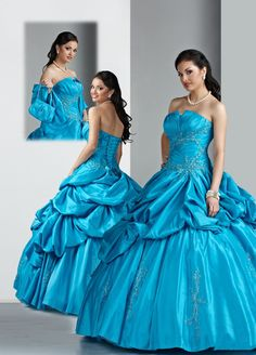 Ball Gown Strapless Floor-length Ruffles and Lace Appliques Satin quniceanera dress Strapless Prom Dresses, V Neck Prom Dresses, Ball Gown Dresses, Quinceanera Dresses, Dress Prom, 15 Dresses, Evening Dresses, Formal Dresses, Turquoise Homecoming Dresses
