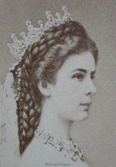 Empress Elisabeth of Austria by Emil Rabending. (detail)