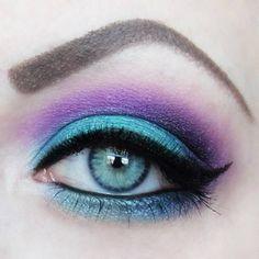 Purple & teal eyeshadow with black eyeliner