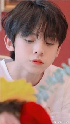 Cute Asian Babies, Cute Korean Boys, Asian Kids, Cute Boys, J Hope Dance, Role Player, Aesthetic Template, Cute Anime Wallpaper, Ulzzang Boy
