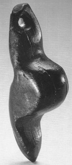 The 'Venus of Engen' or 'Frauenidol von Engen', bears a remarkable resemblance to the Venus of Neuchâtel, especially since it is also made of jet. This important find from Petersfels can be seen in the Städtischen Museum Engen + Galerie. The date given is 15 000 BP. The height is 38 mm.