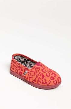 TOMS leopard print baby shoes