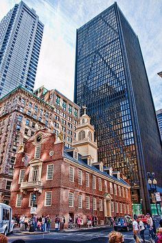Old State House (ou ancien capitole) est un bâtiment historique situé à #Boston Massachusetts photo Photomatt28 #Architecture #Voyage