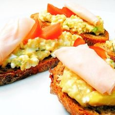 Fitness recepty z ryb Fitness Diet, Health Fitness, Avocado Toast, Salads, Detox, Food And Drink, Low Carb, Healthy Recipes, Healthy Food