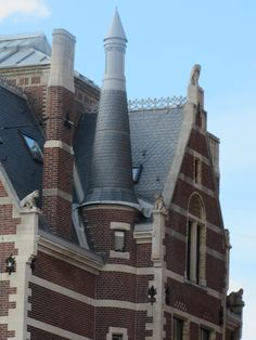 tower and roof of the Rijksmuseum, Museumplein, Amsterdam #old building