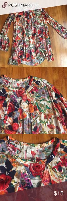 Gorgeous Umgee Floral Tunic Gorgeous floral Tunic perfect for Fall! Like new. Worn once. Size small but runs big and flowy perfect under a tights Umgee Dresses