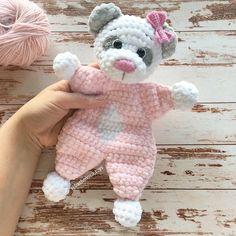 Easy Crochet Patterns, Amigurumi, Baby lovey toys by AVokhminaPatterns Crochet Bear Patterns, Crochet Lovey, Crochet Animals, Crochet Dolls, Baby Patterns, Baby Security Blanket, Baby Lovey, Baby Comforter, Stuffed Toys Patterns