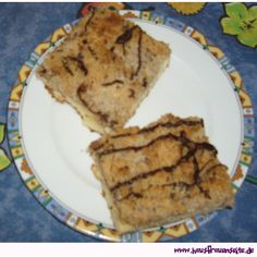 saftiger Birnen-Streuselkuchen unseren saftigen Birnen-Streuselkuchen muss man einfach ausprobieren! vegetarisch Cake & Co, Cupcakes, French Toast, Pork, Meat, Breakfast, Sheet Cakes, Oven, Simple