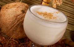 Salvadoran recipe: Horchata de coco, coconut Horchata! Sounds delicious! I will have to try this soon!