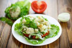 G'schmackiger Karfiolsalat  #cauliflower #good #yummy #lettuce #onion #tomato #veggi #dontwaste